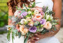 Gorgeous bride bouquet