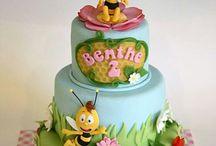 children's bee cake