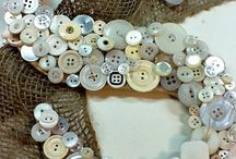 button crafts / by Dana Gore