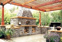 Outdoor living areas... / by Karen Mendez
