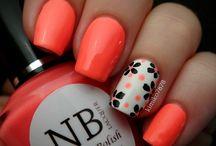 nails / by Jeannette Ferus