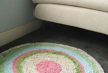 Crafts--Handmade Rugs / by Tracey Steele