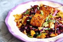 Spicy baked tofu with vibrant cabbage / Main meals