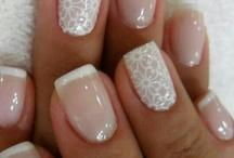 Neutral & professional nails