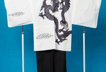 男袴用の成人式、卒業式、結婚式のかっこいい紋付 / 成人式・卒業式・結婚式で 紋付袴を着るならかっこいい方がいいよね! そんな訳でかっこいい紋付袴の写真を集めてみました