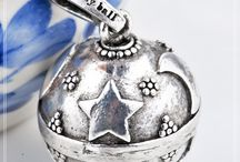 chiama angeli / FACEBOOK: https://www.facebook.com/pages/Francesca-Graziani-Frenciu-photo-Design/337321486320719?ref=hl  ETSY: https://www.etsy.com/it/shop/frenciudesign?ref=hdr_shop_menu   EBAY: http://stores.ebay.it/bijouxfantasie1