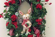Cozy Creek Primitives Wreaths