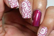 Stumping nail art