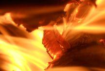 Paisajes en el Fuego / Ver espacios dentro de una flama llama a nuestra memoria ancestral.