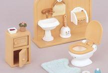 Sylvanian Families Zestaw Toaletowy / Wyjątkowe zabawki dla dzieci marki Sylvanian Families