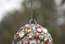 Repurposed vintage jewelry ideas / by Dawn Duquet