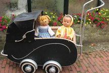 Antieke/ oude kinderwagens