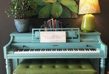 пианино в гостинной
