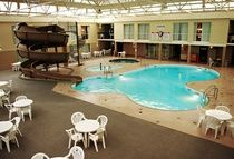 Amenities / by Royal Oak Inn & Suites, Brandon Manitoba