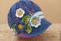 Шляпки, шапочки и кепи
