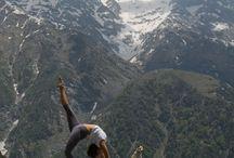 yoga in the mountan
