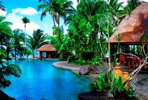 Sinalei Reef Resort & Spa, Samoa / The most luxurious boutique resort on Upolu features villas nestled into a lush landscape, ensuring privacy for romantic couples of all ages. Spa treatments, a 9 hole golf course, diving, surfing or lying by the freshwater pool – time at Sinalei is entirely your own.