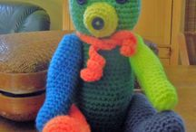 Doudous peluches ours poupée. Au crochet / Doudous, ours, poupées, et autres décorations au crochet pour chambre bébé