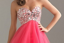 Formal dresses / by Kaitlyn Alfano