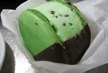 Everything Ice Cream / by Frazi Cakes
