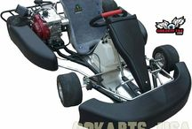 Roadrat AKRA Race Kart / AKRA Racing Engine package. This is the XR Kart with the Box Stock Stage 1 Engine Approved for racing by the WKA and AKRA clone classes. THIS IS THE HOT ONE!!