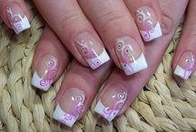 Nails / by Maria Cruz