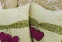 almohadones de tela / by Edith Zarza