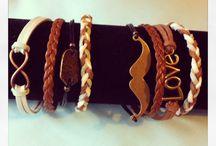 Bijoux, choux, cailloux, hiboux / Des bijoux breloques, cordons, liberty, multi-rangs.