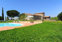Comfortable apartment in Agriturismo de Charme - holiday rental / Montecchio is an elegant Tuscan farmhouse located right on top of the highest hill dominating the valley of Saturnia...