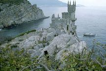 Castles / by Maggie Callander