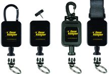 General-purpose Retractors Safely Secure Small Tools
