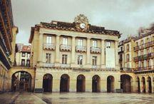 Vivienda con encanto en Parte Vieja Donosti / Vivienda especial .Exterior con varios balcones .Amplia.