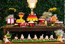 Sugestões e ideias incríveis para montar a sua festa infantil com o tema de princesa Branca de Neve