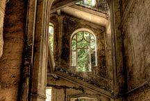 Abandoned beautiful places / I love these lost worlds