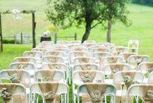 Cadeiras para casamentos decoradas