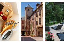 La Canourgue Petite Venise Lozérienne; Hôtel Les 2 Rives / L'hôtel les 2 rives se situe dans un bourg atypique qu'est Banassac-La Canourgue. En effet La Canourgue est connue pour ses canaux nombreux qui traversent le village. Venez vous ressourcer au cœur de la Lozère sur les bords de l'eau à L'Hôtel Les 2 Rives. # hôtel les 2 rives #tourisme en Languedoc Roussillon #hôtel La Canourgue