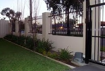 front fence and hand rails / Ash Agarwal