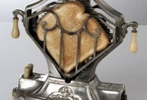 Toasters / I adore Vintage Toasters or Antique Toasters.  You will be seeing a series on them!