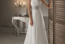 Wedding gowns / beautiful destination wedding gowns