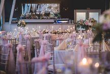 Púdrová ružová svadba / Svadobná výzdoba v Kursalóne Trenčianske Teplice. Jemne ladená púdrová ružová so smotanovou