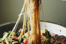 Noodly Noms