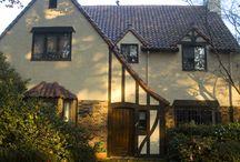 House Architecture + Styles / by Claudia Alvarado