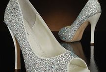 Wedding Shoes / Boards for my brides! / by Robyn Vining, Photographer
