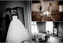 Holckenhavn Slot bryllupsfotograf / Se kreative bryllupsbilleder fra Holckenhavn slot i Nyborg ved bryllupsfotograf Vores Store Dag