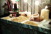 Cibo di strada a Sant'Agata / Tipici cibi da strada durante la Festa di Sant'Agata #cibodistrada #unnieasanta #santagata http://www.unnieasanta.it/galleria/cibo