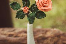 háčkované a pletené květiny