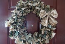 Wreaths / by Delicate Construction