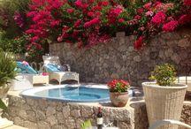Villa Taormina / Hotel Villa Taormina  Via Tommaso Fazzello, 39   98039 Taormina (ME)  Sicilia, Italia  Tel. +39 0942 620072  Fax +39 0942 623003  P.IVA 02680820830  info@hotelvillataormina.com