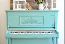 Painted Piano / by Stephanie Basker