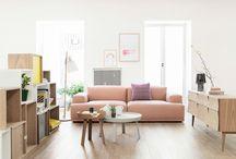 WOONKAMER ✖ / Op zoek naar iets nieuws voor in de woonkamer? Een nieuwe indeling? Een nieuwe bank? Nieuw behang of een nieuw kleurtje op de muur? Dan kun je zeker wat inspiratie gebruiken ❱ die vind je hier!  makeover.nl/inspiratie/inrichting/woonkamer
